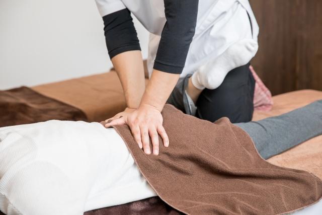 優しい施術で身体の歪みを整えて症状を改善します