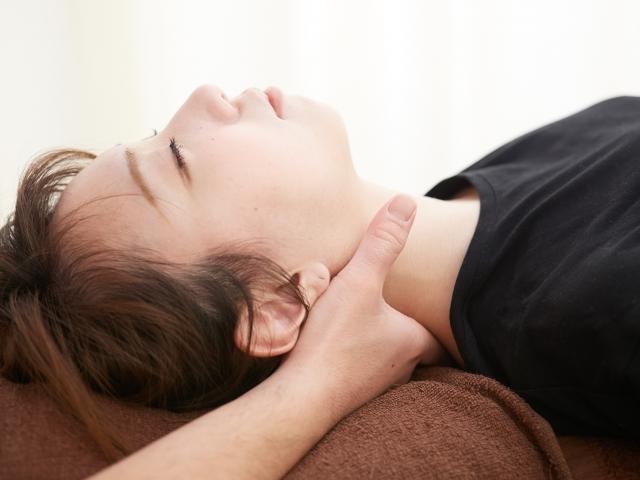 身体の回復力を高める施術で辛い症状を改善します
